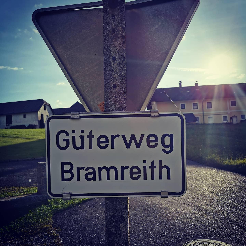 Bio Imkerei Bramreither - Mühlviertel - Rohrbach - Helfenberg - Penning - Wegweiser - das Mühlviertel ist weitläufig